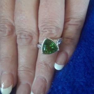 🌻New Inventory 🌻 Chartreuse Quartz Ring